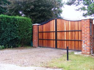 Wheathampstead driveway gate manufacturer